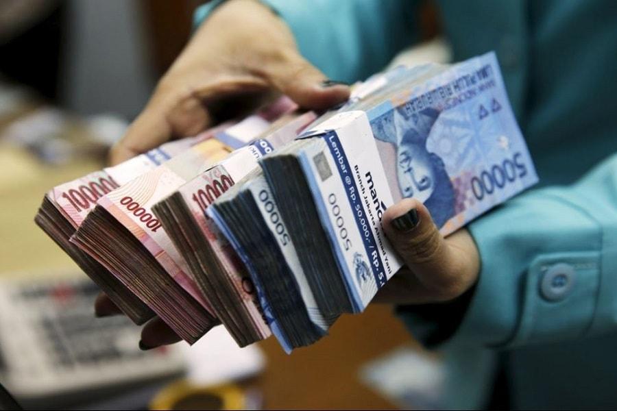 Pengertian uang, sejarah, fungsi, syarat, jenis, dan teorinya
