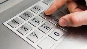 Alasan mengapa harus ganti PIN ATM secara berkala
