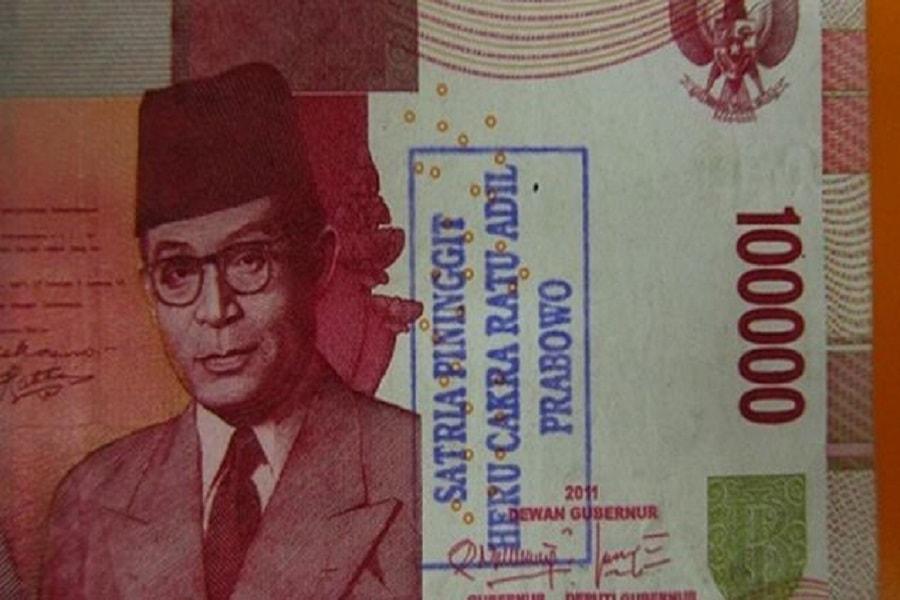 Uang kertas bercoret masih bisa pakai tapi ada hukumannya