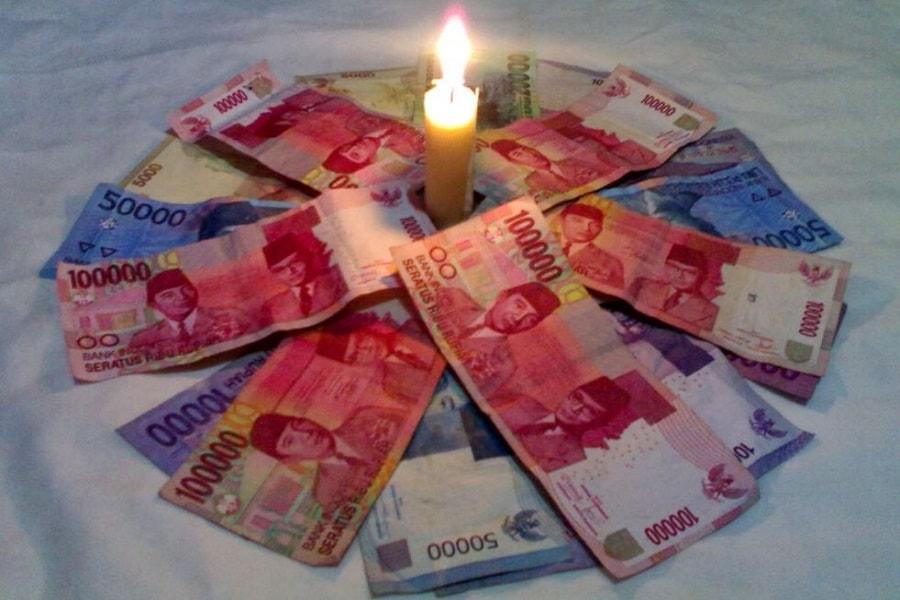 Hukum pesugihan dan uang gaib menurut islam