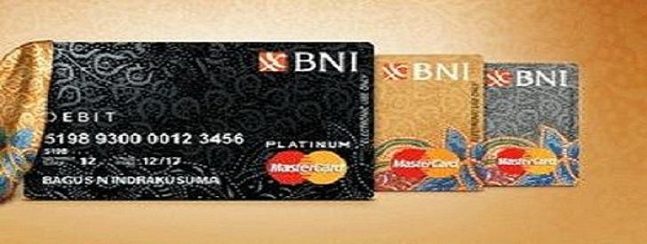 Apa perbedaan kartu ATM silver, gold, dan platinum pada BNI