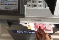 Trik mengatasi limit ATM jika butuh tarik tunai banyak