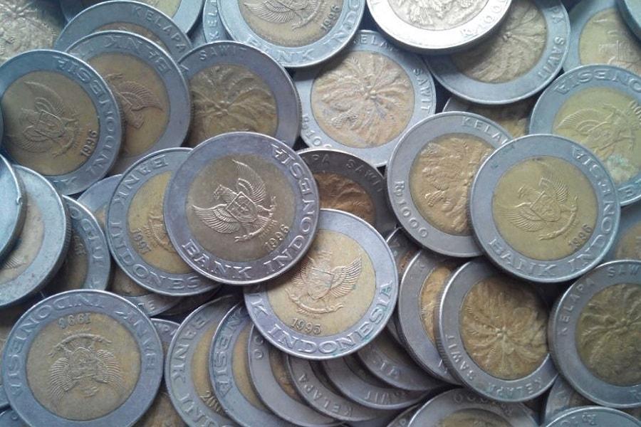 Kelebihan dan kekurangan uang logam atau koin
