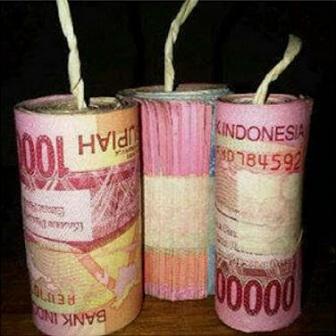 Meme lucu gambar uang banyak banget - Uang Indonesia