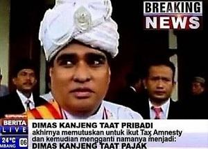 Meme lucu Kanjeng Dimas Taat Pribadi sang dukun pengganda uang