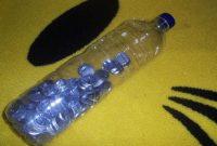 Cara membuat celengan dari botol bekas air mineral