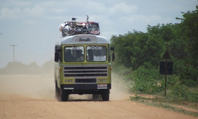 Sarana transportasi bus di Zimbabwe
